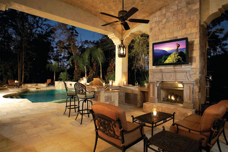 Smart 4K Outdoor TVs: Another Way to Enjoy Home Automation