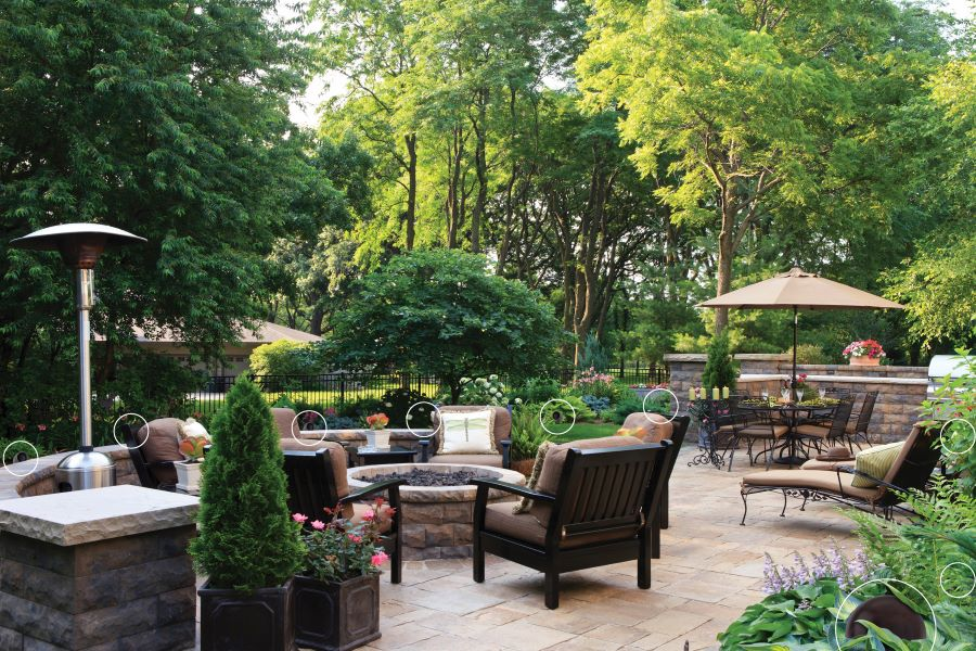 Plan a Summer to Remember with an Outdoor Entertainment Setup